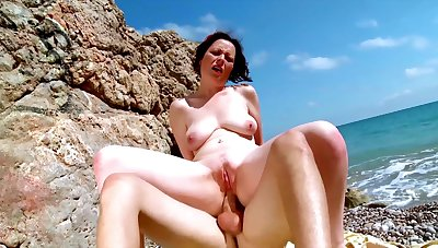 Denude mature fucked exceeding holiday by means of a careen trip