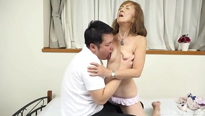 Mature Japanese tries nephew for a sprinkling policing of sex