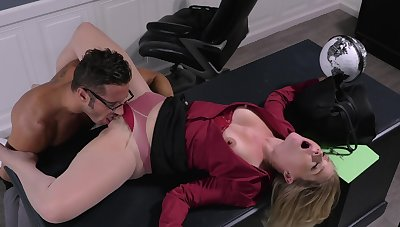 Office woman disciplined there the pussy the the new guy in front sex